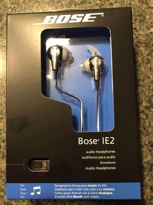 Bose IE2 headphones for Sale in Mentor, OH