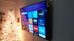 65 inch Kenmore Elite with roku 4k smart tv for Sale in Randolph, MA