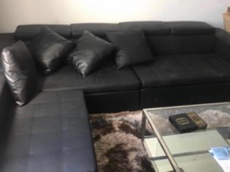 Black leather Couch for Sale in Cedar Park,  TX