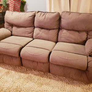 Microfiber Reclining Couch/Sofa, Brown, With Pull-down Table And Cupholders for Sale in New Baltimore, MI