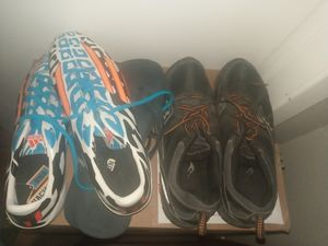 Free shoes for Sale in Dallas, TX
