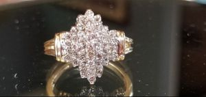 Stunning 14K yellow gold diamond cluster ring size 7 for Sale in Lake Stevens, WA