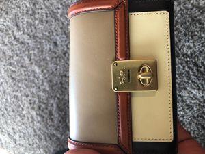 Coach wallet (Women's) for Sale in Kent, WA