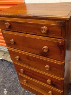 Small Dresser for Sale in Washington,  DC