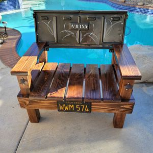 Custom Made Bench. Willy's / Jeep for Sale in Murrieta, CA