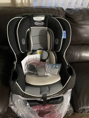 Graco extend2fit car seat for Sale in Las Vegas, NV