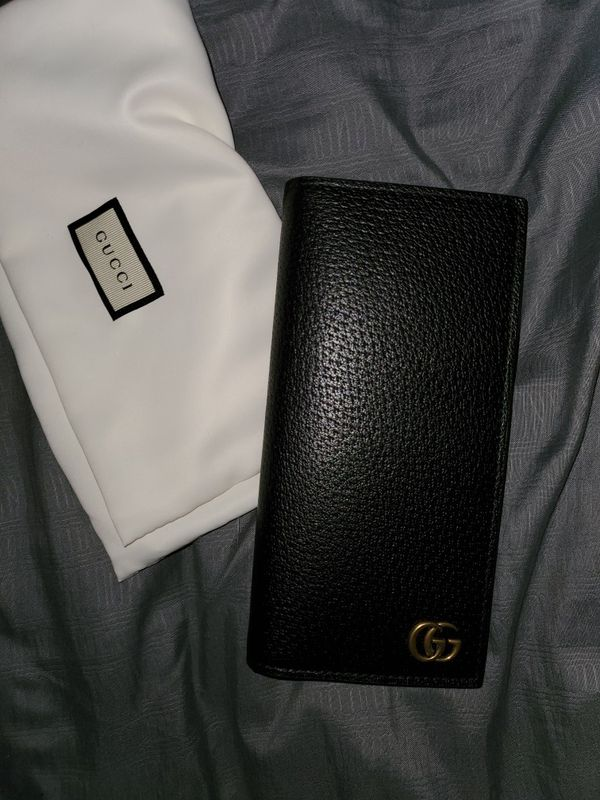Gucci wallet authentic