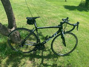 Giant TCR Advance SL Full Carbon Road Bike for Sale in North Wales, PA
