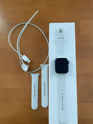 Apple Watch Series 4 for Sale in Detroit, MI