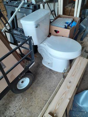 American Standard toilet for Sale in Winter Haven, FL