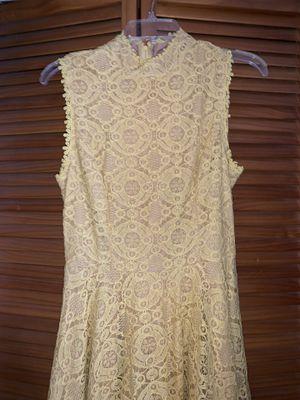Yellow dress for Sale in Hialeah Gardens, FL