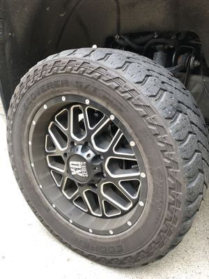 Discover S/T MAXX 33x12.50R 20 !Tires Only! for Sale in Gig Harbor, WA