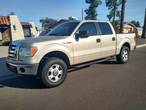 2010 Ford f150 crew cab 2wd for Sale in Phoenix, AZ