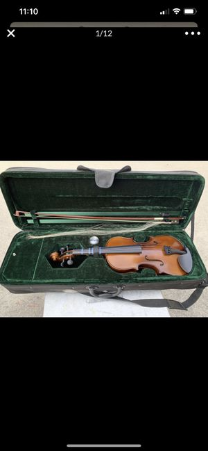 Violin in excellent condition. 3/4 size very very nice for Sale in Highland, CA