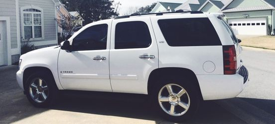 2007 Chevrolet Tahoe LTZ like new for Sale in Baltimore,  MD