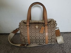 Coach Signature Bag/purse for Sale in Santa Monica, CA
