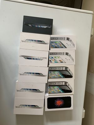 Set of 10 Boxes of iPhone 4, 5, SE - Used/ Accessories for Sale in Tacoma, WA