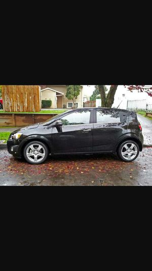 2012 chevy sonic Great On Gas! for Sale in Fenton, MO