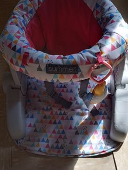 Baby Sit Up Chair for Sale in Newark,  NJ