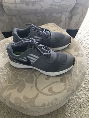 Boys Nike Shoes Grey Size 6.5 Youth for Sale in Fairfax, VA