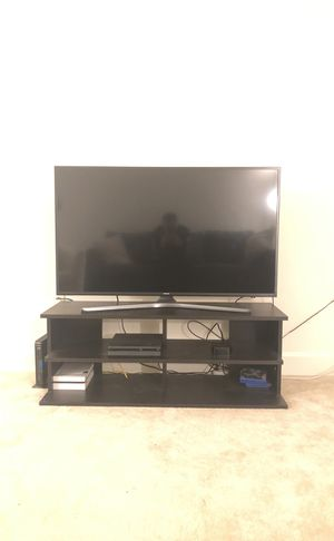 "4K Samsung smart tv 42"" for Sale in Fairfax, VA"