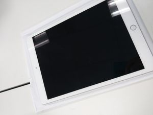 Apple iPad 5th 32GB for Sale in Tacoma, WA