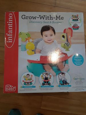 Infiniti grow with me discovery seat and booster $35 NEW in box for Sale in Windsor Hills, CA