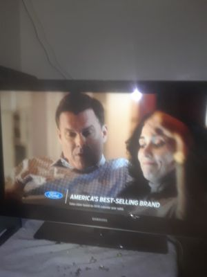 TV. SAMSUNG 40 INCH for Sale in Washington, DC