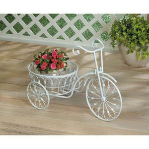 White Bicycle Planter . Brand New for Sale in Saltsburg, PA