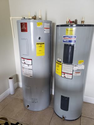 American water heater company like new for Sale in Miami, FL