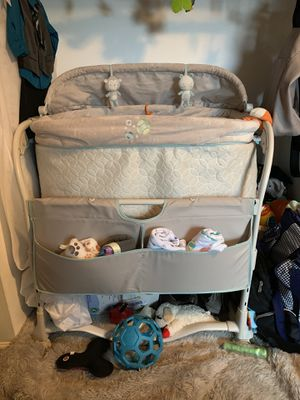 Dream and grow bassinet for Sale in Lynnwood, WA