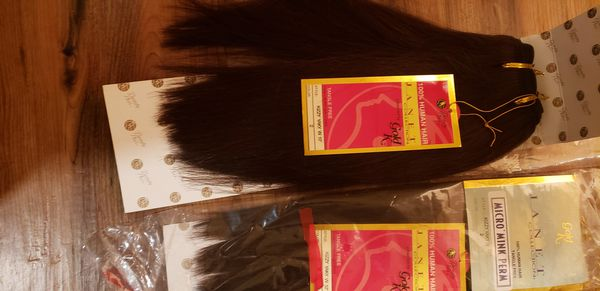 2 packs of human hair only $10 for both 💋 No Trades