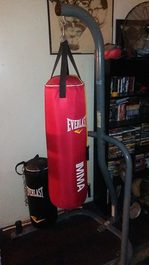 Punching bags with stand for Sale in Los Angeles, CA