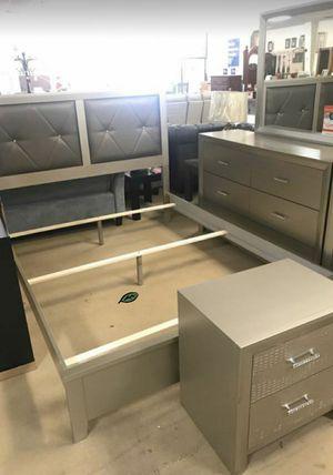 $39 DOWN❗BEST Deal 🛬 Olivet Silver Panel Bedroom Set | B560 108 for Sale in Jessup, MD