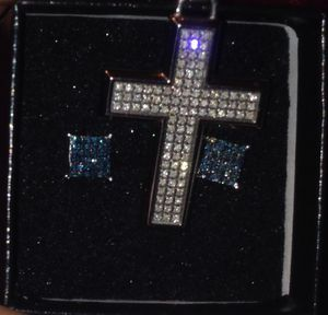 Quality Diamond charm and earring set for Sale in Belleville, IL