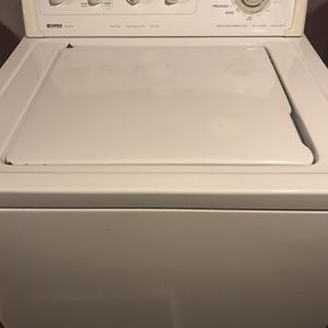 Kenmore washer machine works very good good conditions trabaja muy bien for Sale in Stockton, CA