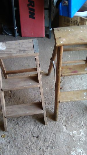 Sm step ladders $5 each for Sale in Schenectady, NY