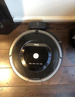 iRobot - Roomba 880 Self-Charging Robot Vacuum - Black for Sale in Fairfax, VA