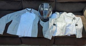 Womens Size sm gmax helmet, size sm joe rocket motorcycle jacket, 2 facemasks for winter, a bottle of 4 stroke oil, and a new can of chain lube for Sale in Peoria, IL