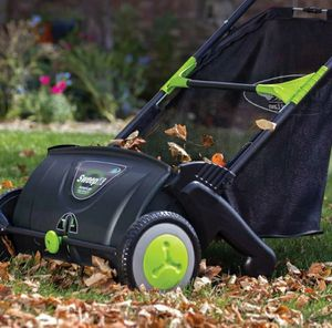Leaf sweeper for sale. Brand new. for Sale in Providence, RI