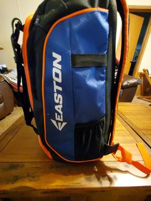 EASTON BALL BAG (NWOT) for Sale in Jacksonville, FL