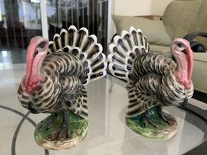 "vintage Italian turkey figures statues Italy A743 marked, heavy, measures 6"" x 4"" each, 2.5 pounds in weight, collectible for Sale in Hobe Sound, FL"