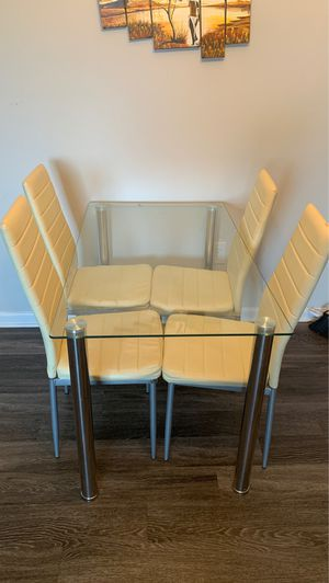 Brand new table and chairs for Sale in Mount Rainier, MD