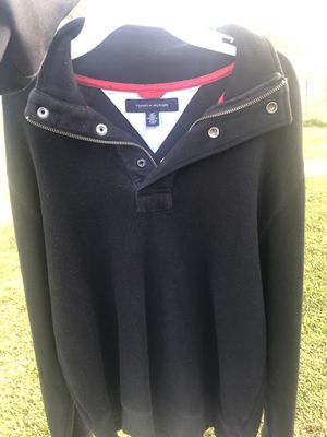 Tommy Hilfiger sweater for Sale in Houston, TX
