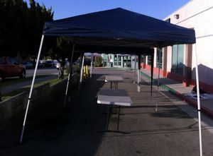 Pop up tents white black or blue for Sale in Los Angeles, CA