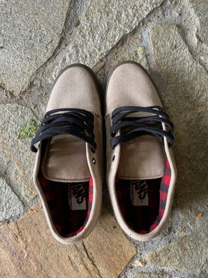 Van Shoes Size 10 for Sale in Newcastle, WA