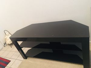 Black color metal & glass top tv stand exellent condition $50.00 for Sale in Henderson, NV