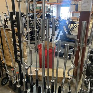 Olympic curl Bar And 7ft Barbell for Sale in Glendale, AZ