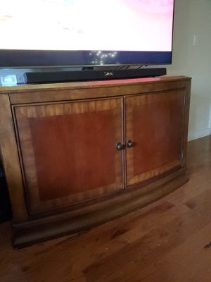 Table tv stand entry way table for Sale in Pembroke Pines, FL