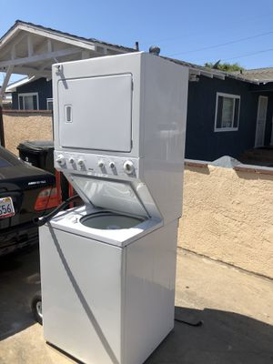 "Kenmore washer dryer stacked gas 27"" full load for Sale in Inglewood, CA"